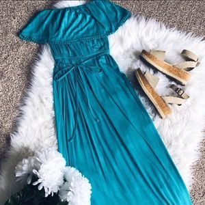 🌿 3/15 Sale! Forever 21 Blue Strapless Maxi Dress